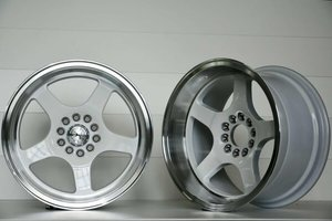 "59°North Wheels D-004 Driftingpaket 17 "" 5x114/5x120 8,5/9,5"""